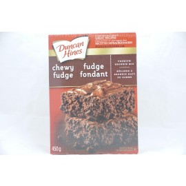 Duncan Hines Chewy Fudge Premium Brownie Mix 450g